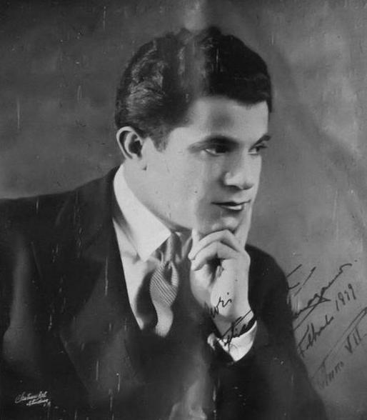 Salvatore Ferragamo (Bonito, 5 giugno 1898 – Firenze, 7 agosto 1960 ...