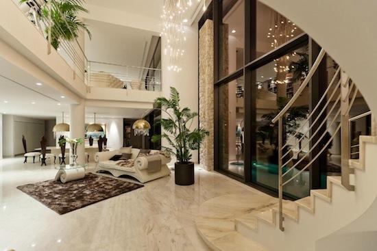 Spagna villa di lusso nei pressi di port adriano di santa for Interni ville di lusso