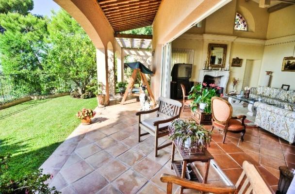 Francia villa di lusso in stile provenzale a villefranche for Progetti ville di lusso