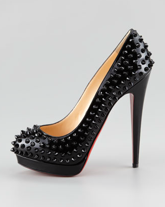 louboutin decollete borchie