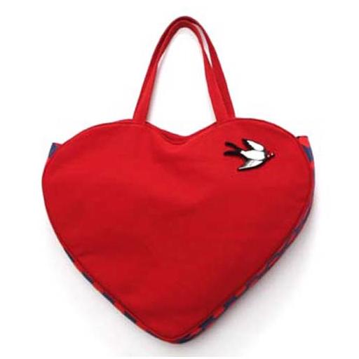 Fiorucci, borsa pop a forma di cuore in occasione San Valentino