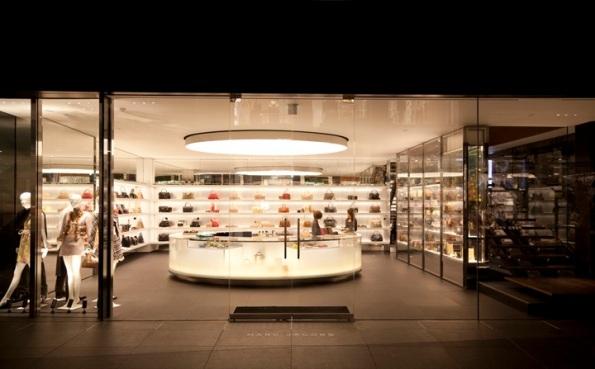 Marc-Jacobs-flagship-store-by-Jaklitsch-Gardner-Tokyo