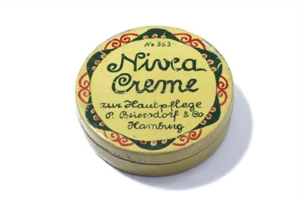 erste NIVEA Creme Dose aus dem Jahre 1911