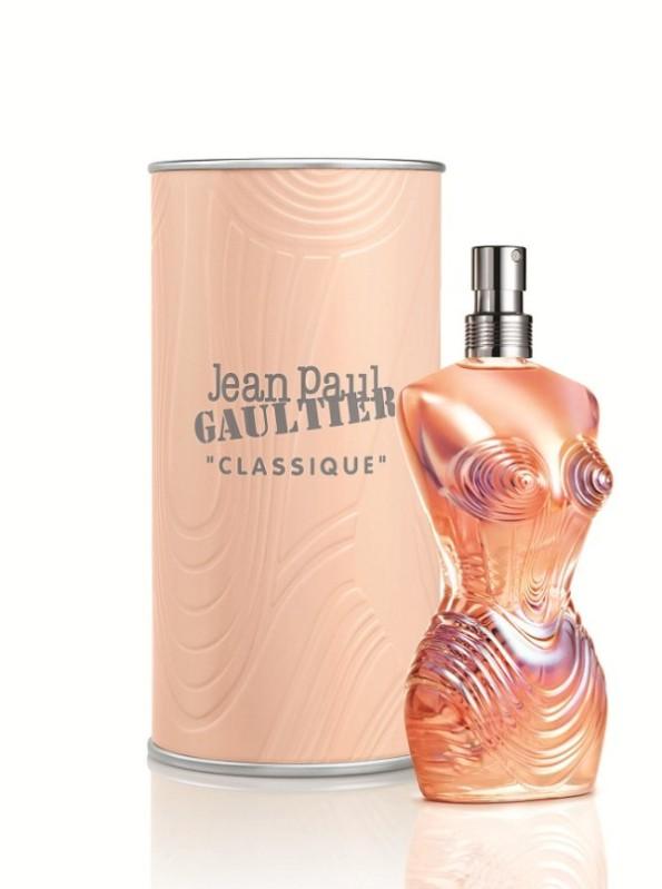 jean-paul-gaultier-classique-belle-en-corset-600x806