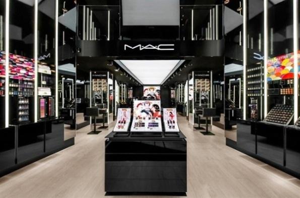 Mac-Cosmetics-Roma-Via-del-Corso-600x397