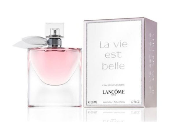 Lancome-La-Vie-Est-Belle-LEau-de-Parfum-Legere-600x438