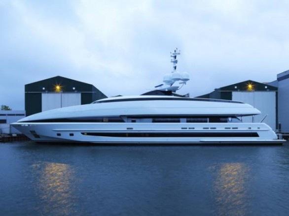 Yacht_Crazy_Me
