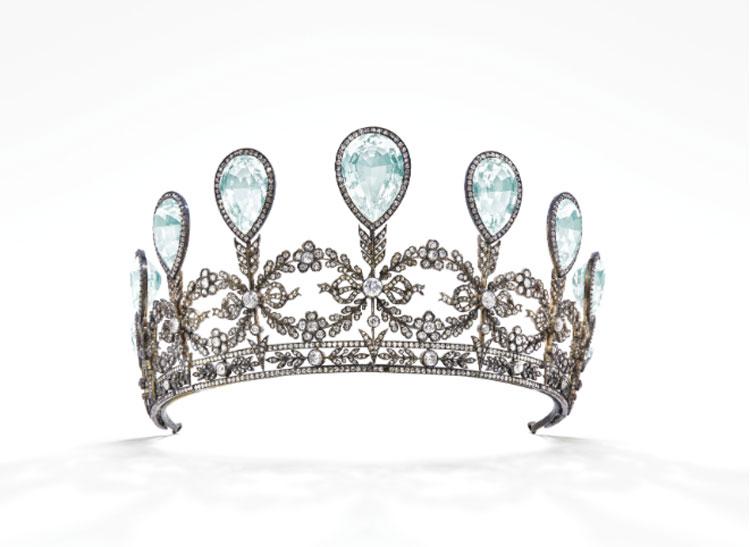 tiara-asta-christies-lapromenademag