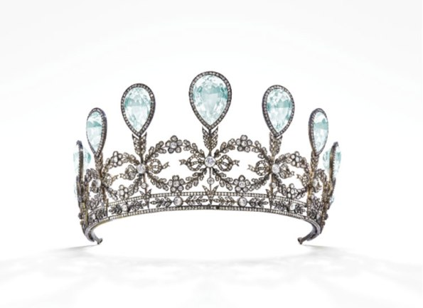 tiara-asta-christies-lapromenademag